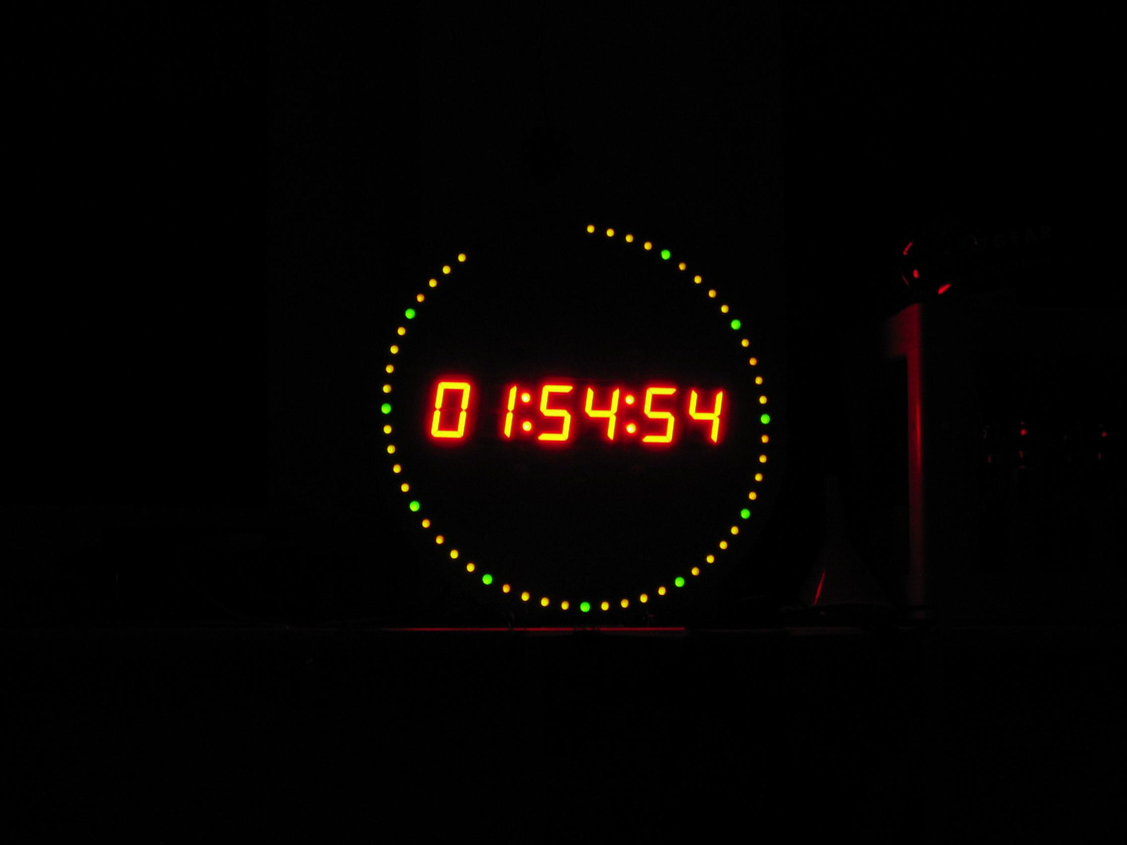 A Ntp Dcf77 Led Clock Circuit